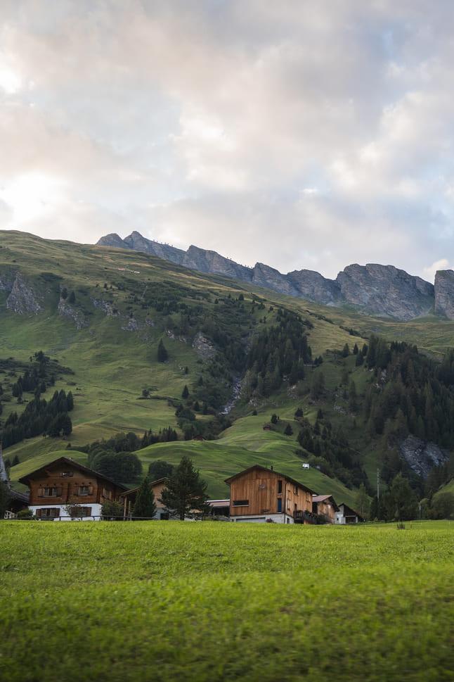 Alpendorf in den Schweizer Alpen
