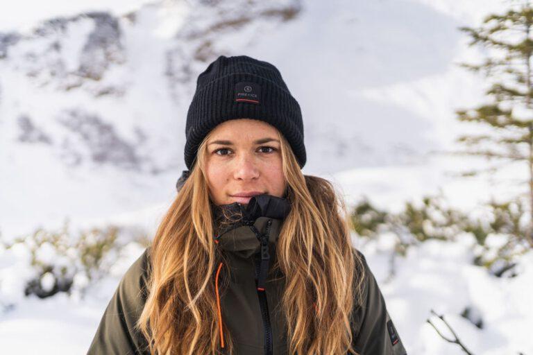 Portrait einer Frau im Winter