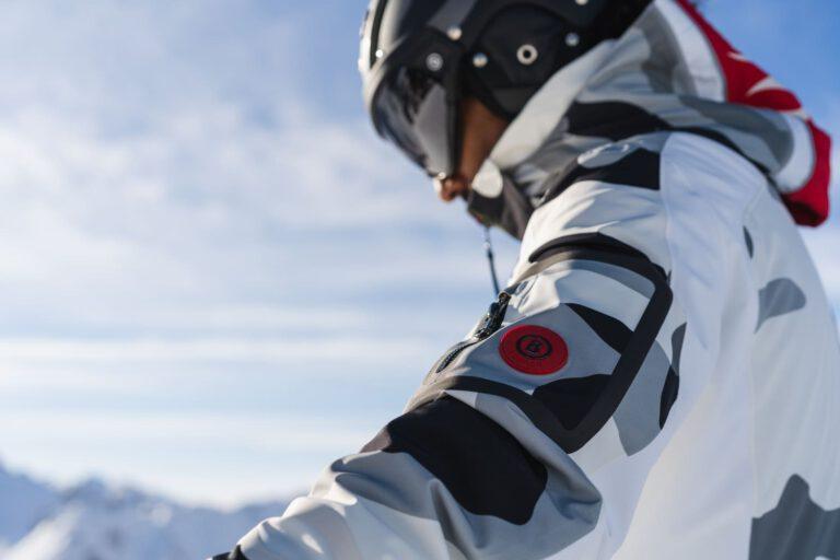 Ein Mann beim Skifahren - Produktfotografie Chris Gollhofer
