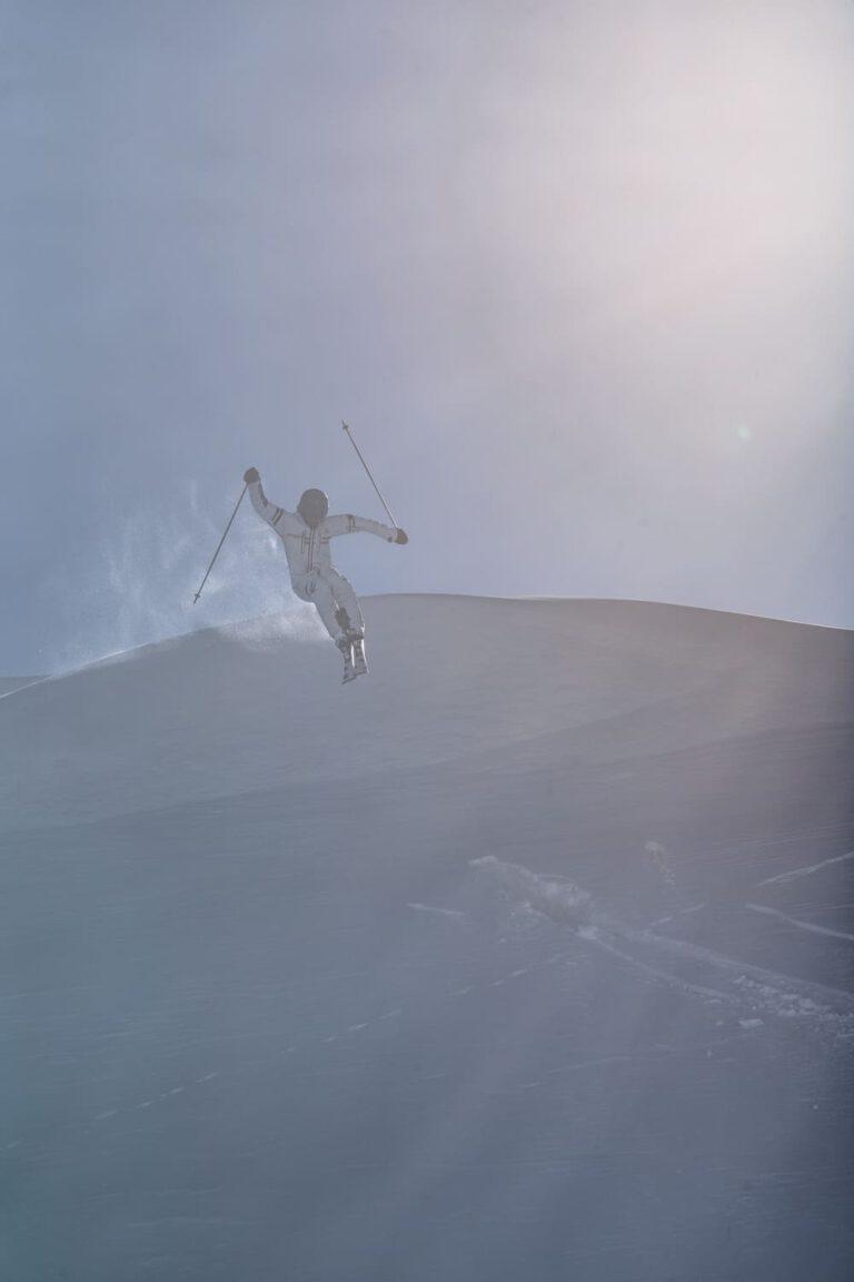 Tiefschnee drop - Chris Gollhofer Sport Fotografie