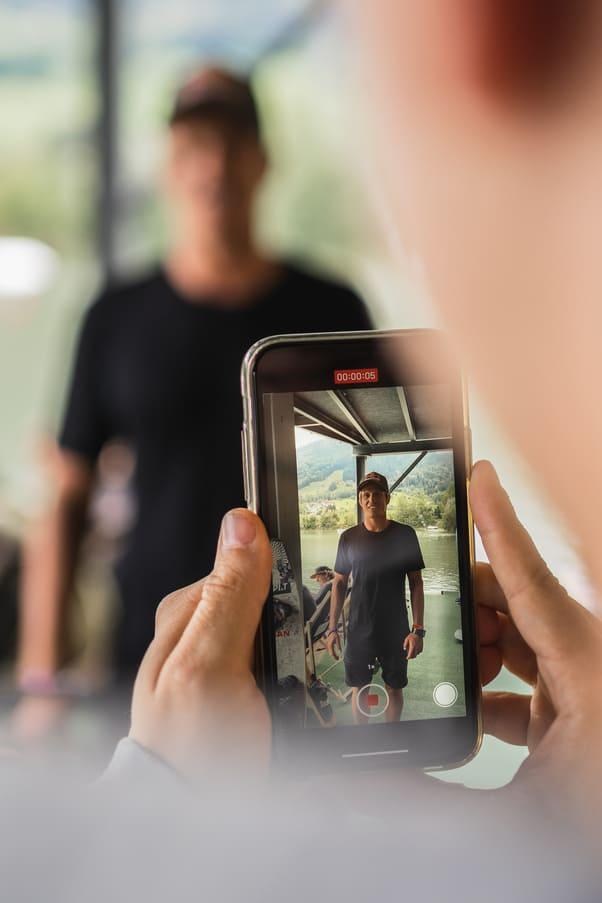 Dominik Gührs Wakeboard Pro an der Red Bull Brettljause - Chris Gollhofer Lifestylefotograf London